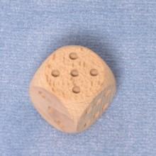 Würfel 3 cm Augen eingefräst